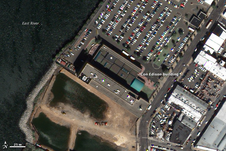 Satellite image of Con Edison building, Long Island City, New York.