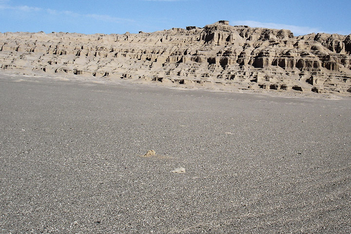 Dark pebbles help make Iran's Lut Desert the hottest place on Earth.