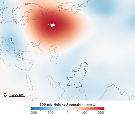 Map of 500 millibar isobar height anomaly from July 25 through August 8, 2010.