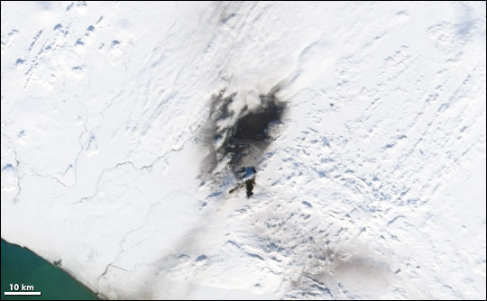 Satelliter image of ash from Hekla Volcano on Icelandic snow