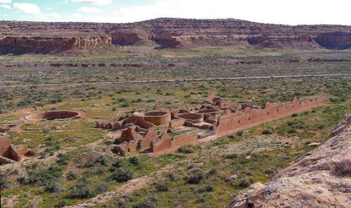 A view of Chetro ketl in Chaco Canyon.