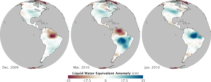 Maps of water equivalent height in 2009 and 2010 measured by the GRACE satellites.
