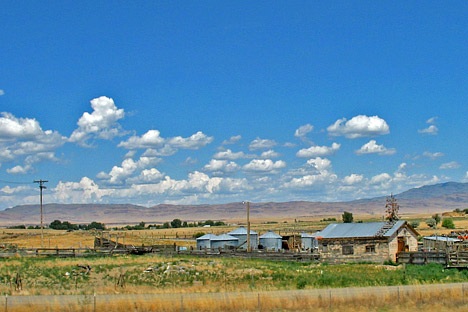 Photograph of a farm in arid southern Idaho.