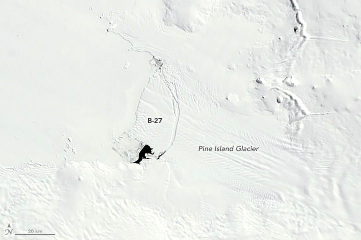 An image from MODIS on the Aqua satellite first showed Iceberg B-27 on September 28, 2007.