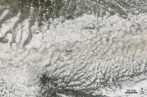 Eyjafjallajökull ash mixed with clouds in the skies above Germany, April 16, 2010.