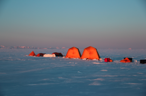 Seeing mountains from our campsite on the ice sheet, a nice change from the typical flat white ice sheet.