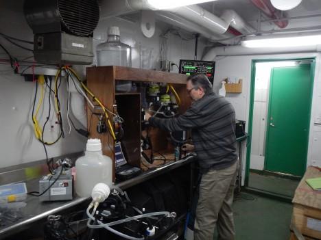 Scott Freeman and the underway sampling system