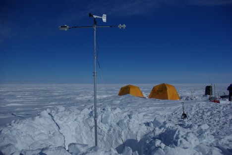 The IMAU intelligent Weather Station, installed in its snow pit before we refilled it.