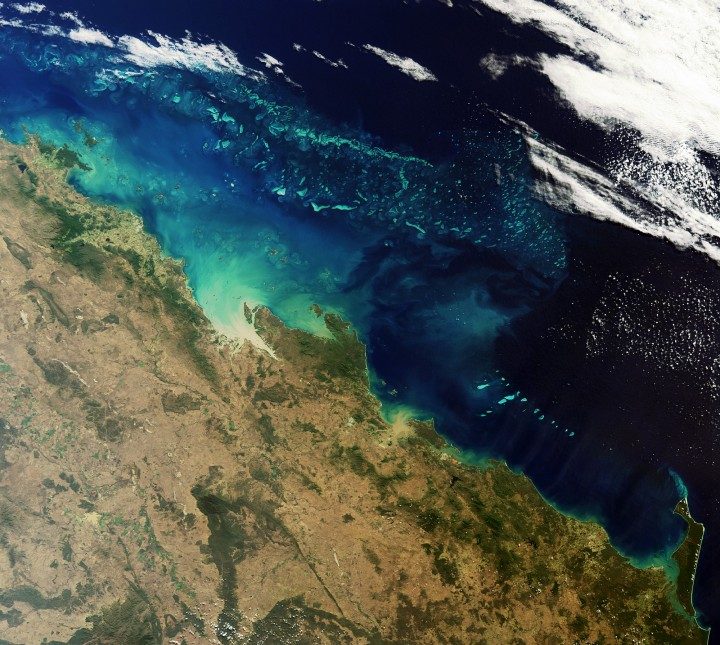 MERIS image: sediments flowing onto reef http://www.esa.int/Our_Activities/Observing_the_Earth/ESA_s_sharp_eyes_on_coastal_waters