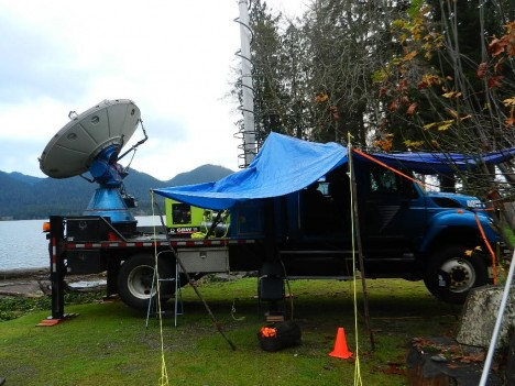 The Doppler on Wheels radar operating on the Lake Quinault shore.