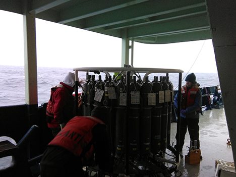 The CTD rosette where sample water is collected from different depths within the ocean. Photo: Luis Avellaneda
