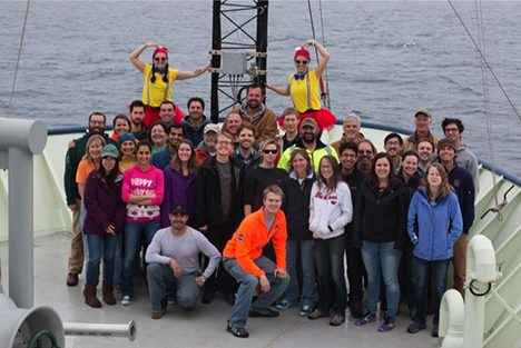 Group picture comprising of scientists and crew.  Photo: Christian Laber