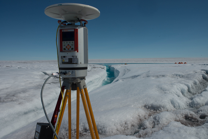 View of one of our repeat LiDAR scan locations in the Rio Behar catchment. We used a Riegl VZ-400 terrestrial laser scanner (TLS). This model is about the size of a large food processor, weighs ~40 lbs., and has a 400-600 meter range in optimal conditions. (Photo by Charlie Kershner)