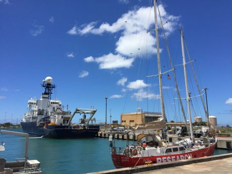 The Lady Amber and R/V Revelle in Honolulu.